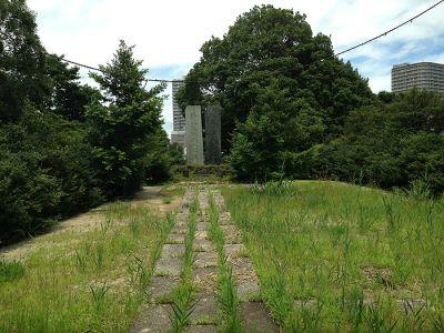 Graveyard-40